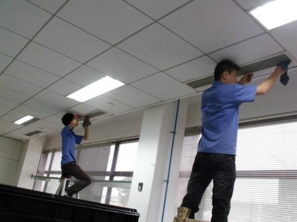 如何让专业的石家庄中央空调维修人员来处理空调故障问题?