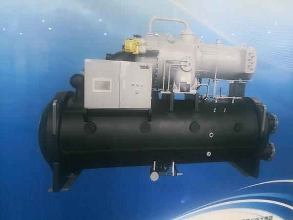 可能导致空调空气处理器单元外部积水的主要故障原因